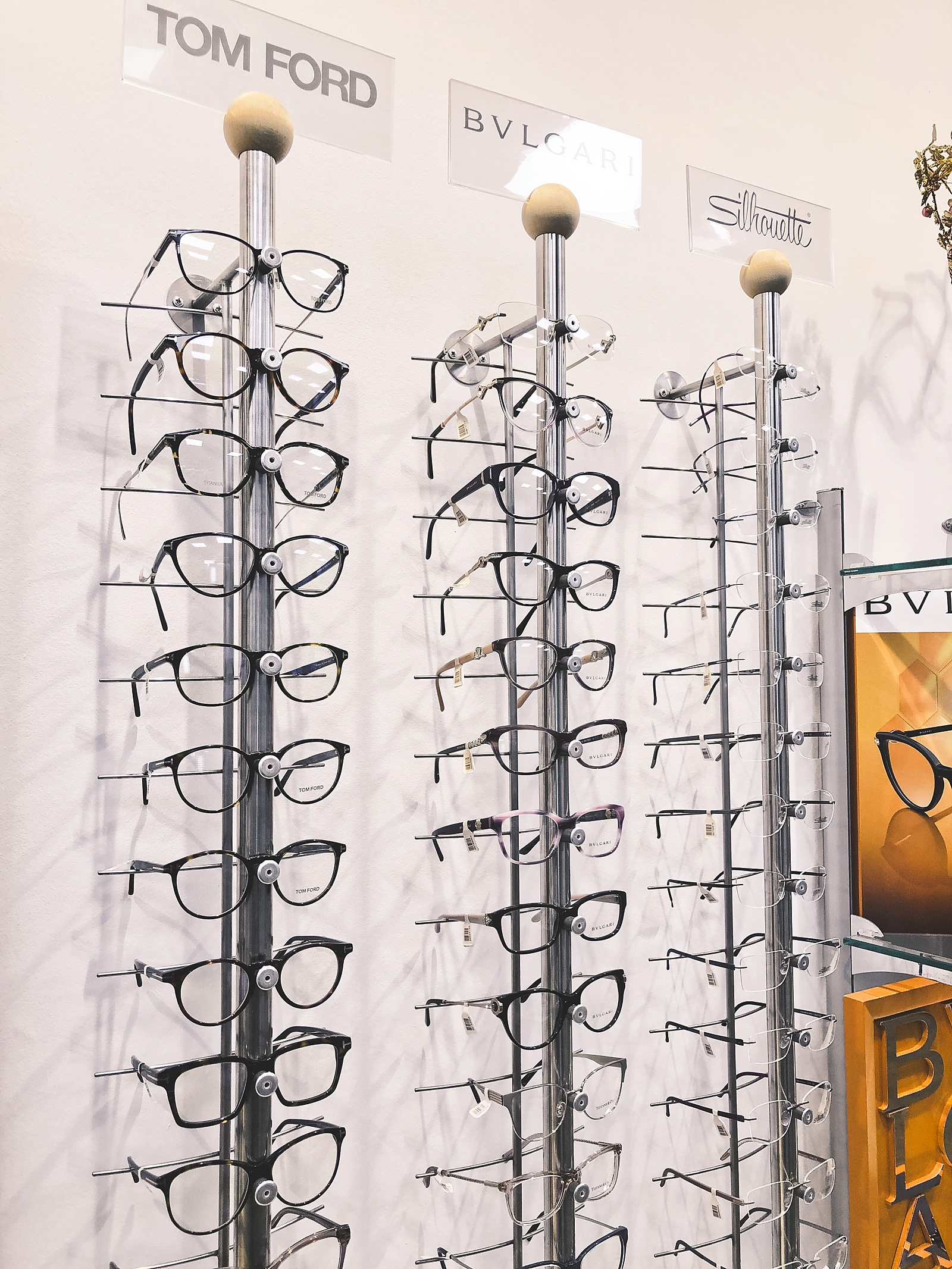 Experience buying prescription glasses at Leighton's Opticians in England